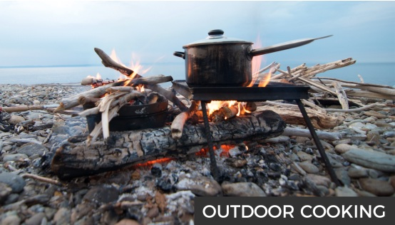 Petromax Dutch Oven, rocket stove, pan, stoves, cutlery, mugs